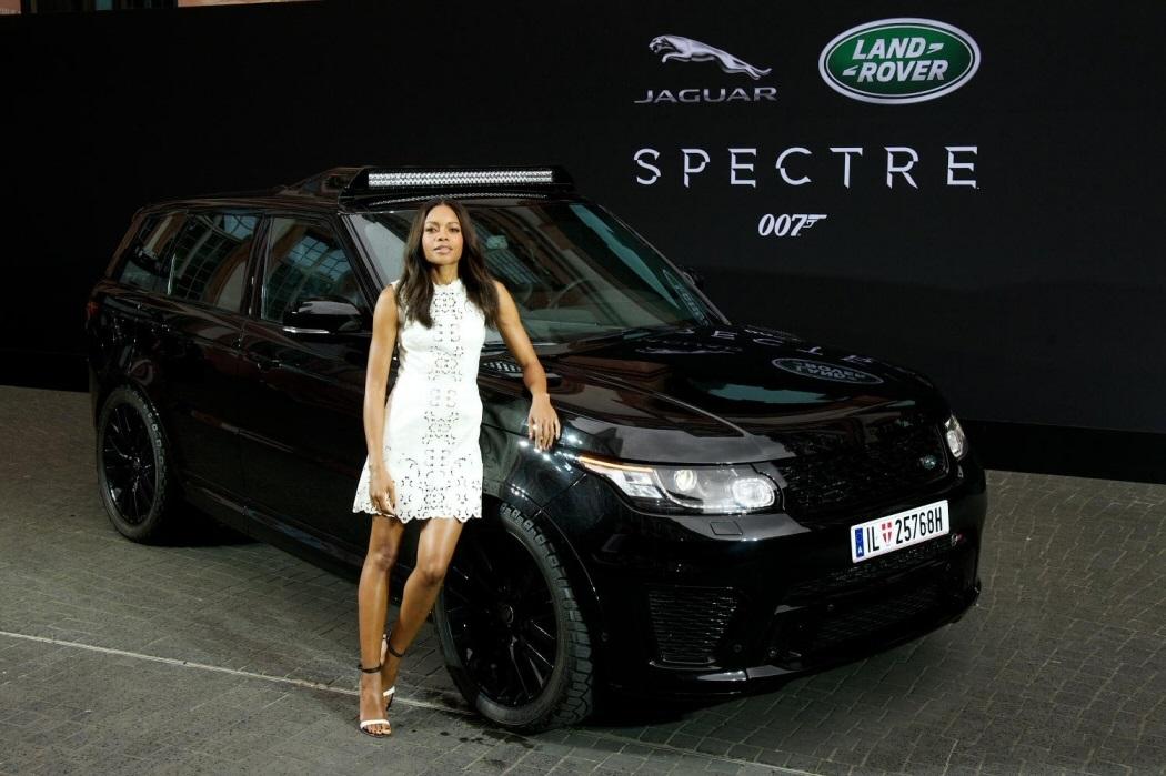 James-Bond-Spectre-movie-film-Land-Rover-Range-Sport-SVR