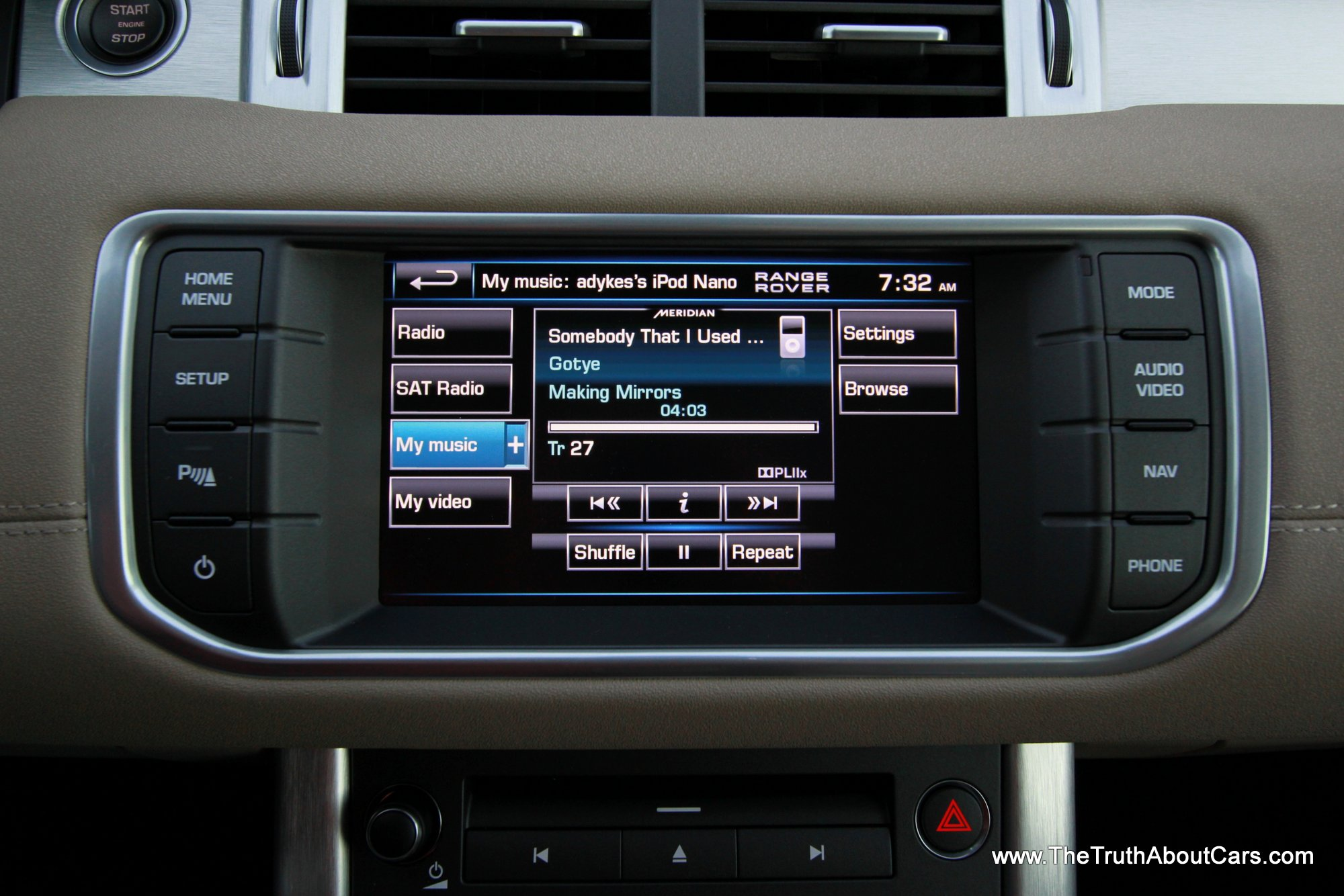 2013-Land-Rover-Range-Rover-Evoque-017
