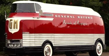 1953 GM Futureliner Motorama Dream Car