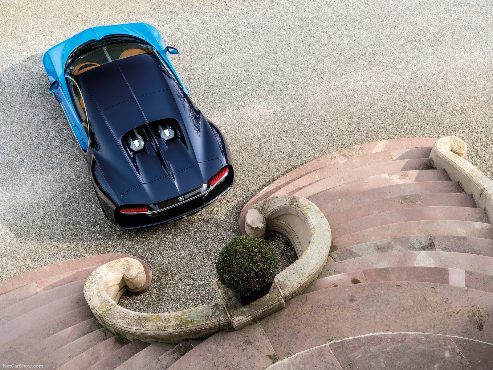 Bugatti-Chiron_2017_1600x1200_wallpaper_1d