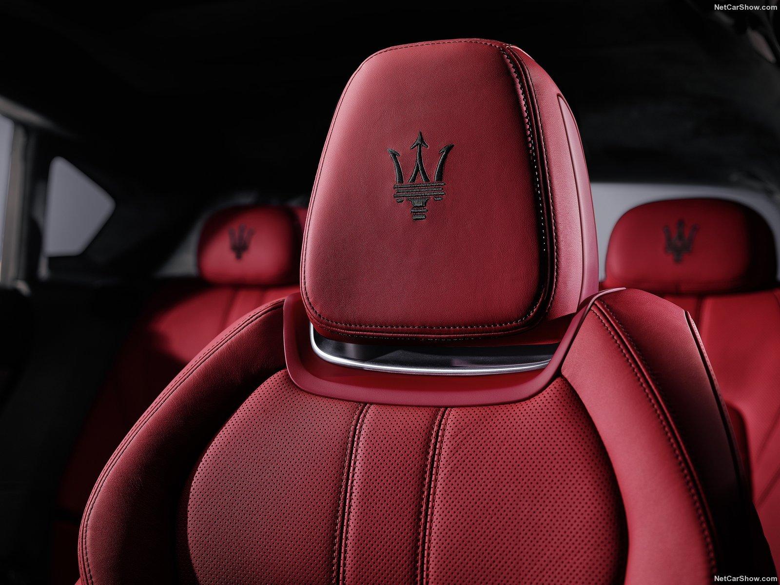 Maserati-Levante_2017_1600x1200_wallpaper_0e