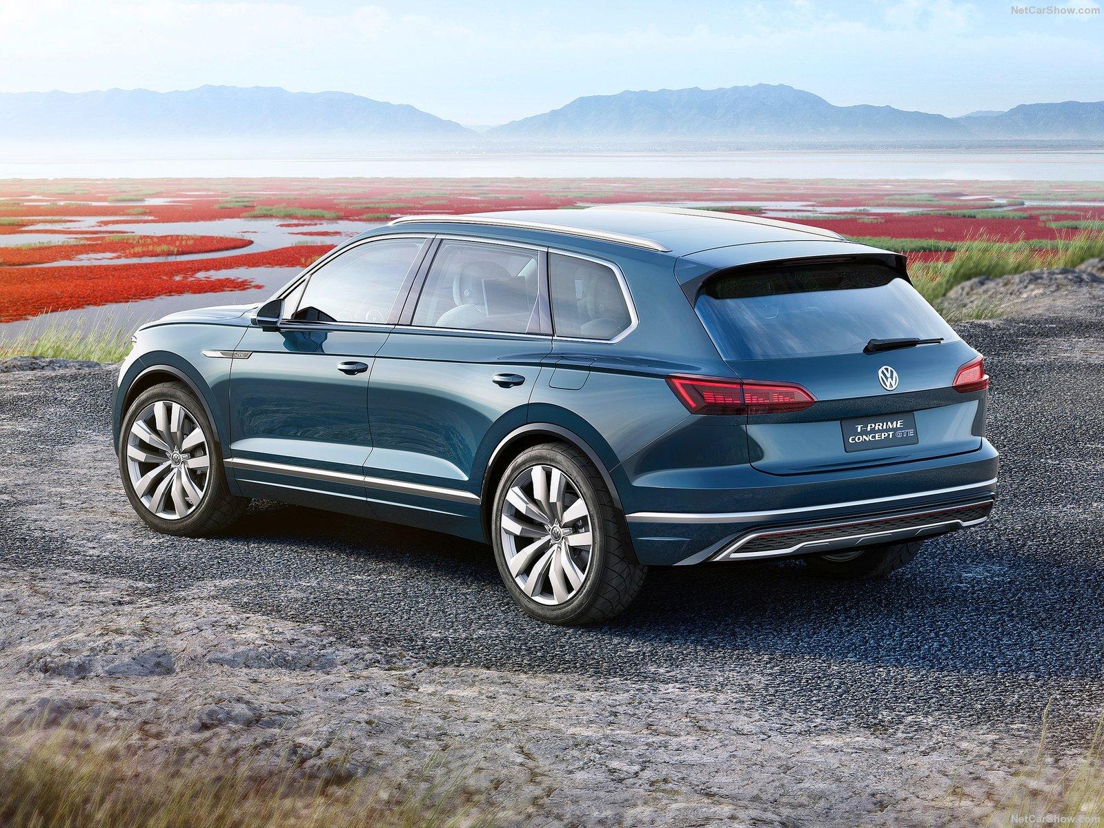 Volkswagen-T-Prime_GTE_Concept-2016-1600-0e (1)