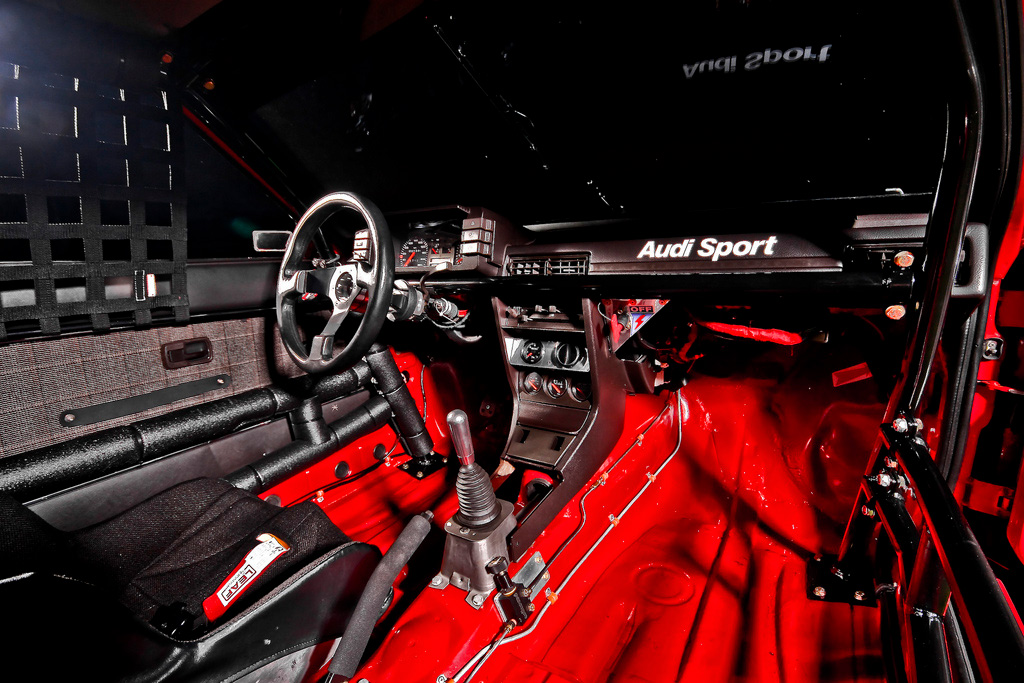 Audi-80-gt-perry-mason-interior-2