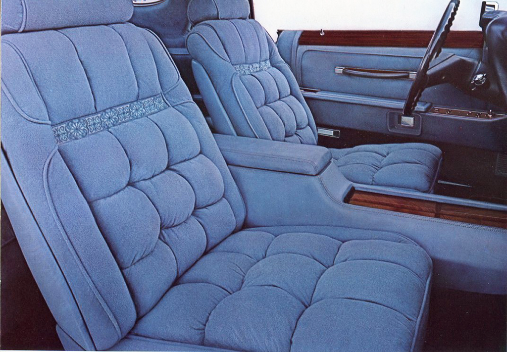 1978-Lincoln-Mark-V-DJ-seats