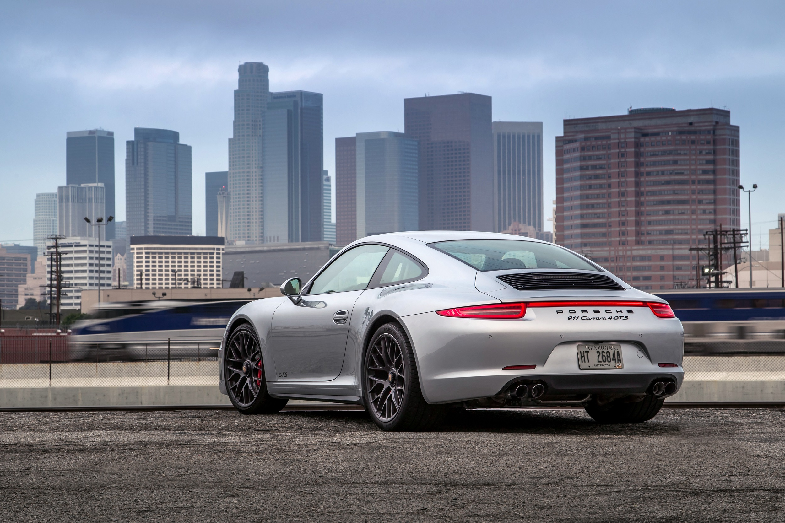 porsche_911_carrera_4_gts_coupe_2