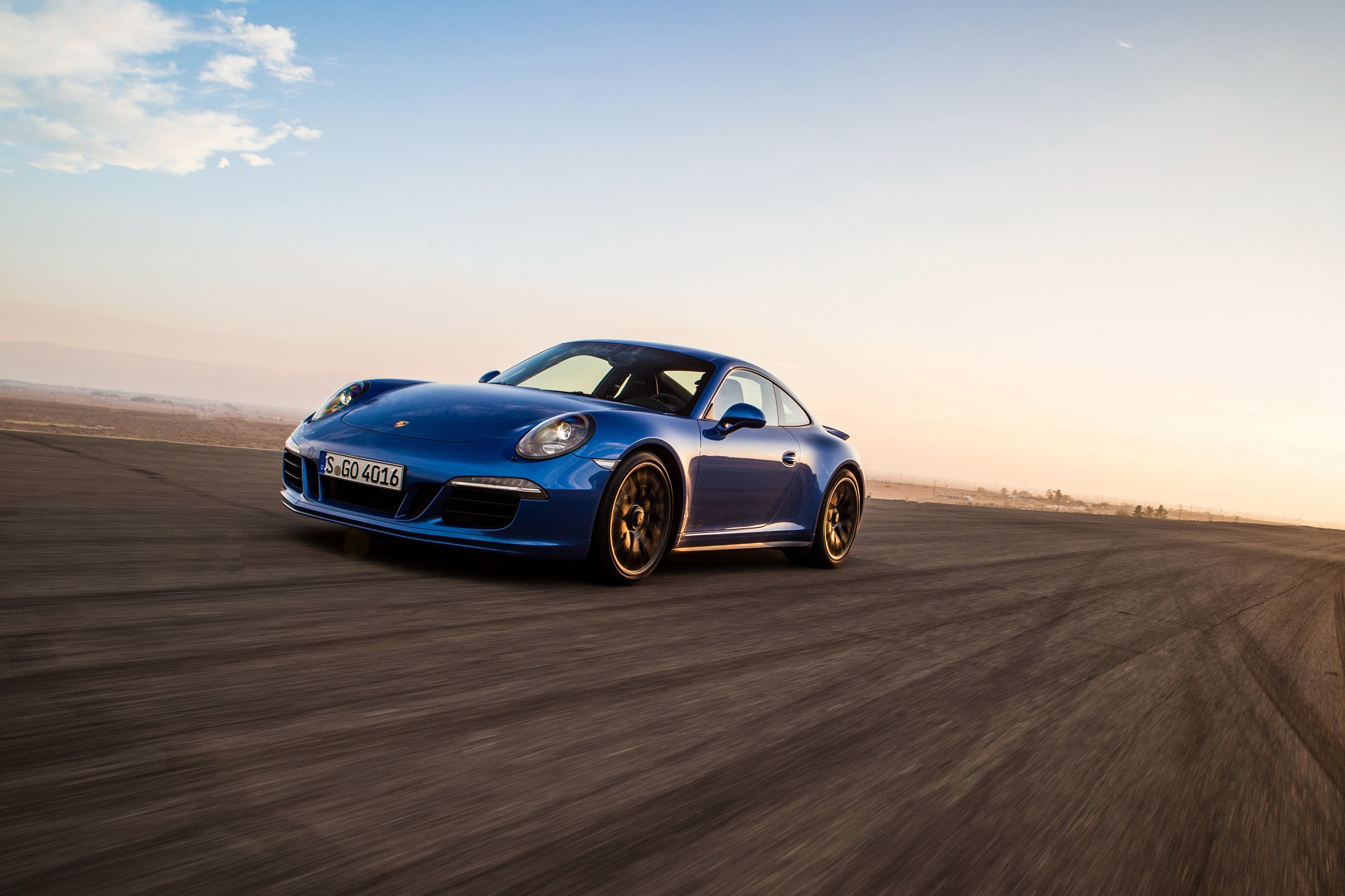 porsche_911_carrera_4_gts_coupe_3