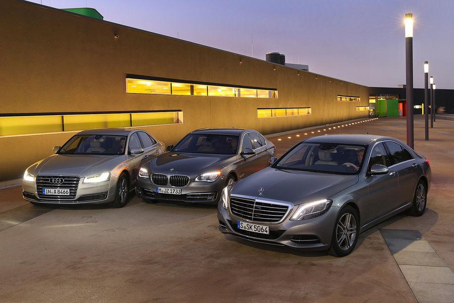 Mercedes-S-500-4Matic-Audi-A8-4-0-TFSI-Quattro-BMW-750i-fotoshowBigImage-51e9f62e-744848